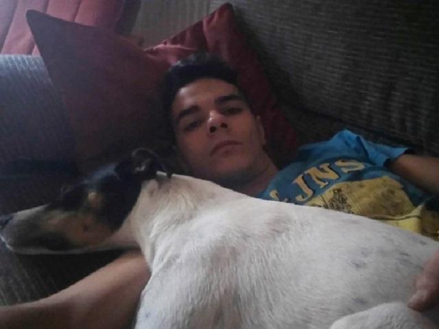 Испанец убил родную мать, разрезал тело на тысячу кусков и съел, угостив собаку