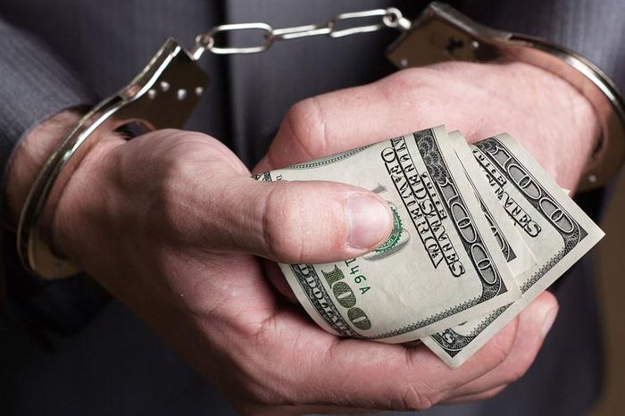 На взятке попался топ-чиновник Фонда госимущества