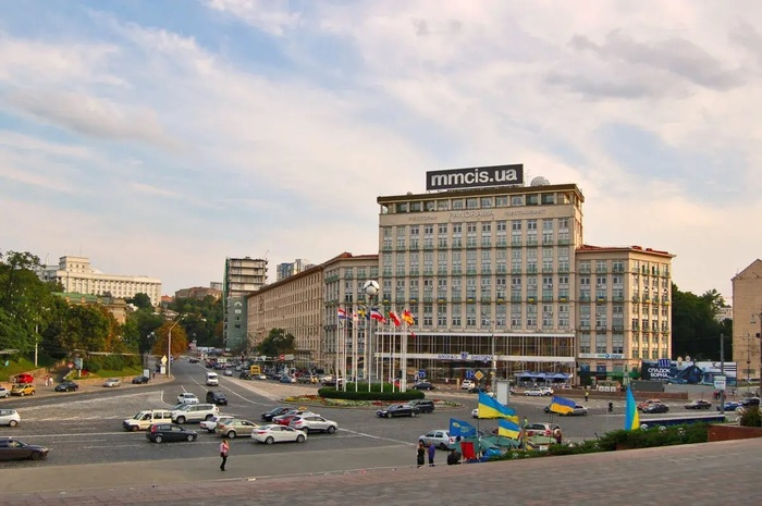 Отель «Днепр», где обещали киберспорт, захотел открыть казино