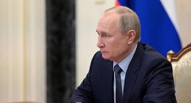 Путин поручил запустить проект по оценке управленческих компетенций студентов