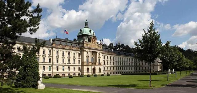 """Польша призвала Чехию не допустить """"абортный туризм"""""""