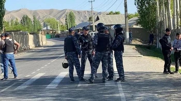 Бишкек обвинил Таджикистан в спланированной попытке захвата территории Киргизии