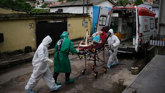 «Наша страна – это лаборатория по выведению новых штаммов коронавируса» — Минздрав Бразилии