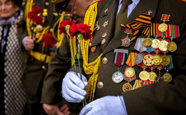 Ветеранам ВОВ в России выплатят меньше денег ко Дню Победы, чем в Узбекистане и Казахстане