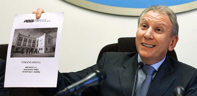Чешско-российский конфликт спонсирует экс-подчиненный Лужкова
