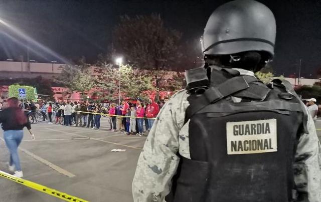 Число жертв обрушения метромоста в Мехико выросло до 24
