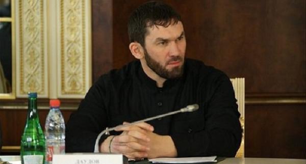 В Чечне родственников подсудимых, рассказавших в суде о пытках, вызвали на встречу с Даудовым и избивают в РОВД