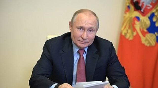 Путин оценил последствия объявления нерабочих дней в мае