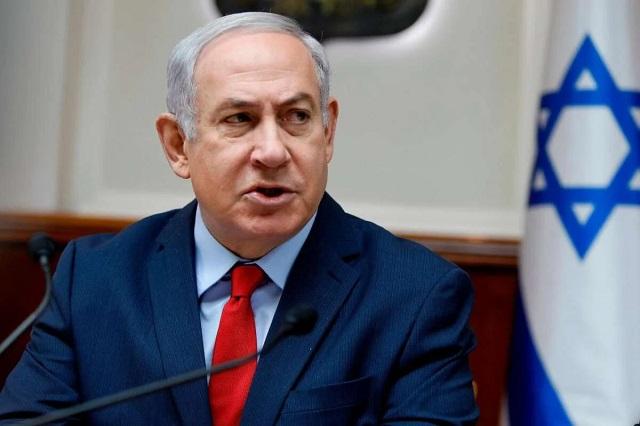 Премьер Израиля подал в суд на своего предшественника