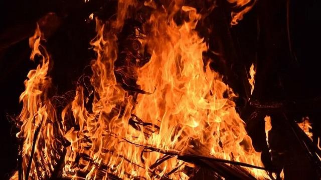 На Виноградаре в Киеве избили и подожгли бездомного, который умер в больнице