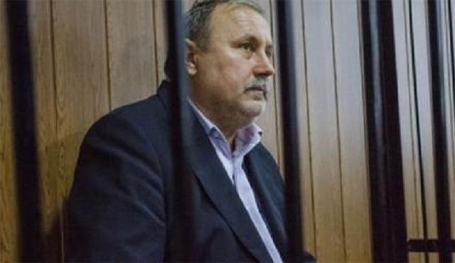 Сидевший на золоте героический коррупционер пожаловался суду на алкоголизм дознавателей