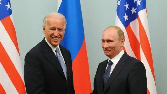 На встрече Байдена и Путина у РФ будет больше военных, чем дипломатов