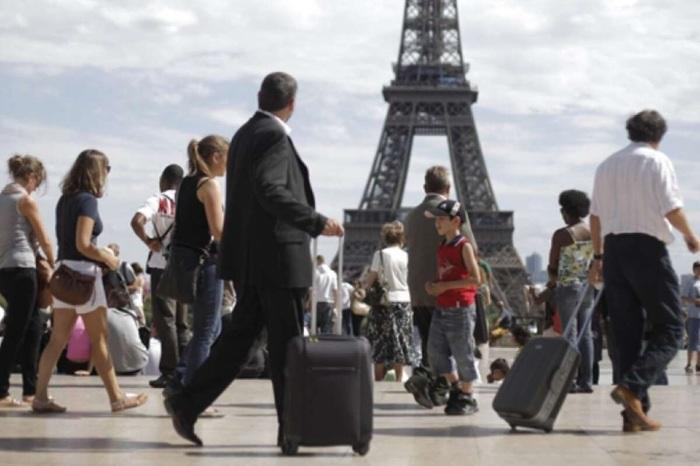 Франция со следующей недели начнёт принимать туристов