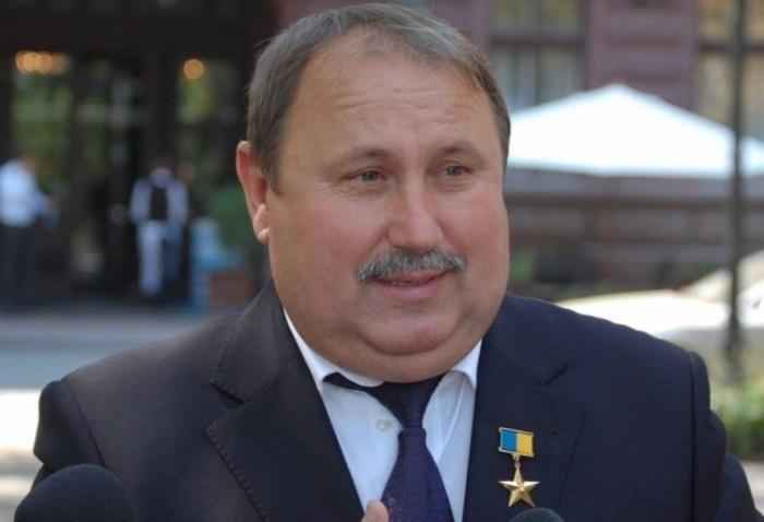 Суд полностью оправдал подозреваемого в коррупции экс-губернатора Николаевской области Романчука у которого нашли схрон с золотыми слитками