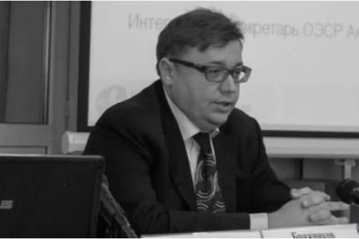 Кипрский адвокат Петр Бражников приторговывает лекарствами