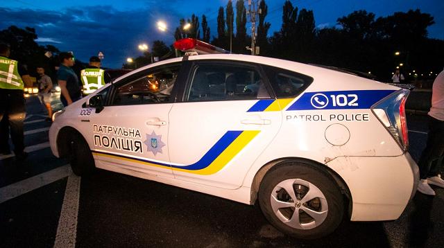 В Киеве врач-стоматолог хотел убить тещу: перерезал тормозной шланг в ее авто