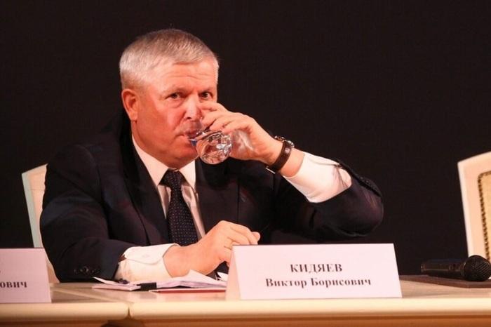 Как депутат Госдумы Виктор Кидяев заботится о будущем своего сына