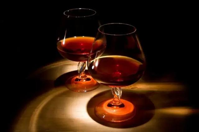 Армения не будет производить напитки с названием «коньяк»