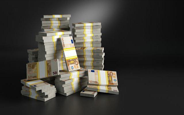 Осужден топ-менеджер крупной юрфирмы, которого «нагрел» на €100 тыс. подчинённый