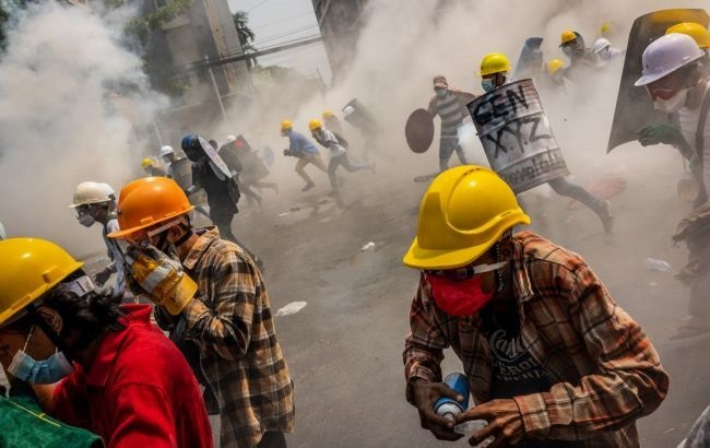 В Мьянме с начала протестов убито более 860 человек, - ООН