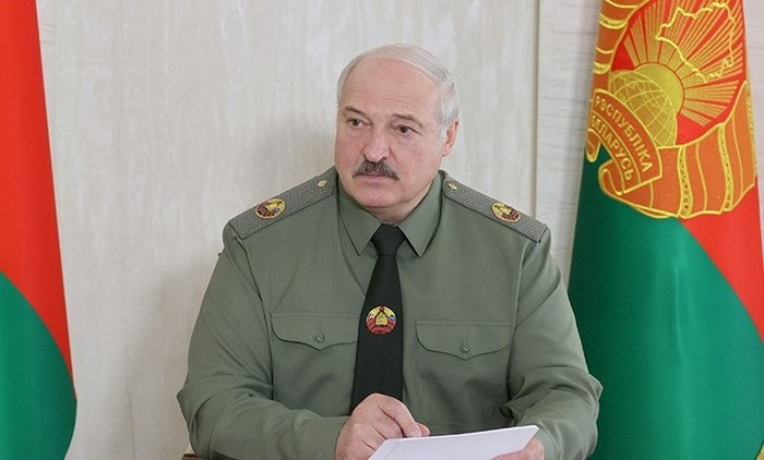 Лукашенко призвал регионы Беларуси готовиться к мобилизации