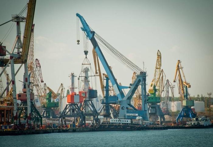 Порт Южный купил запчасти для кранов у фигуранта трех уголовных дел