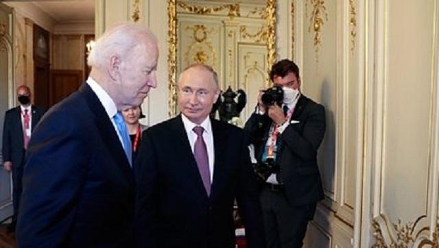 Стало известно о подарке Путина Байдену