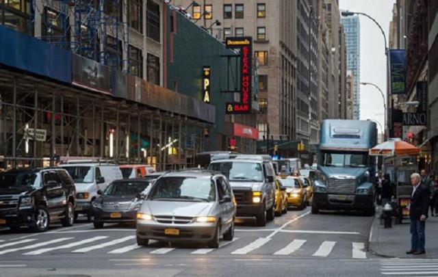 Бездомным в Нью-Йорке будут платить по $1250 в месяц