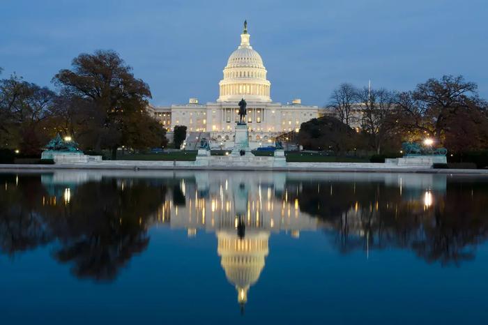 Белый дом подтвердил заморозку $100 млн помощи Украине