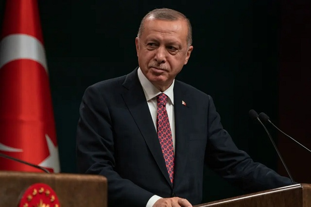 В Турции отменяют комендантский час