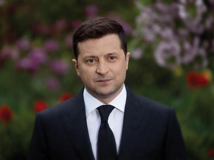 К 80-летию начала Второй мировой войны Зеленский написал и твит и возложил цветы в Киеве
