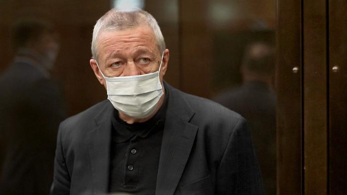 В кассации Ефремова адвокаты сообщили о психическом расстройстве у актёра