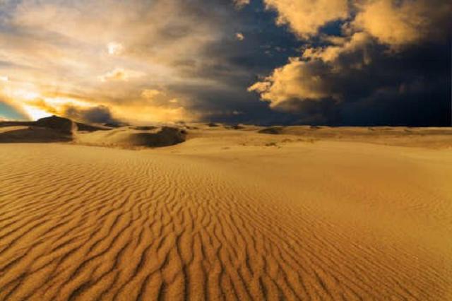 В ОАЭ испытали технологию искусственного вызова дождя – пустыню залило