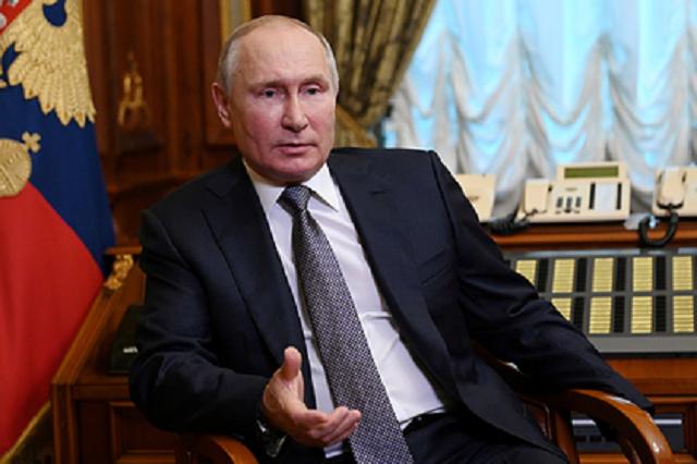 Путин велел не навязывать прививку против коронавируса