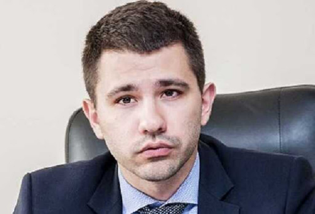 Казнокрад из Спецтехноэкспота Барбул Павел Алексеевич и его агония перед тюрьмой