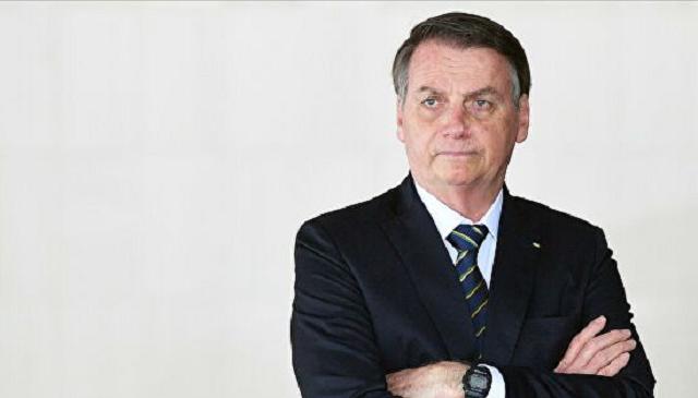 YouTube удалил видео президента Бразилии из-за дезинформации о COVID-19