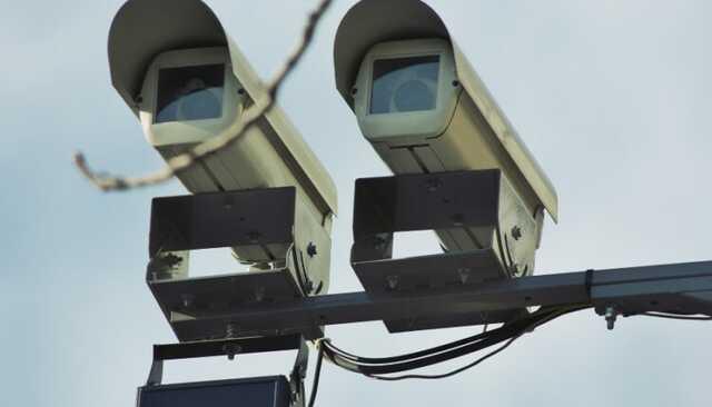 Дорожные камеры в России начнут обнаруживать автомобили с выключенными фарами