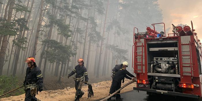 На Сардинии вспыхнули масштабные пожары, людей эвакуируют
