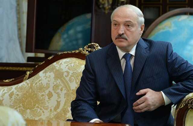 Пассажиров рейса Ryanair разыскивают для подачи коллективного иска против Лукашенко