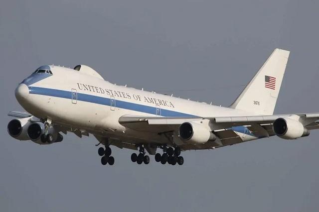 Пентагон показал дозаправку в воздухе самолета «Судного дня»