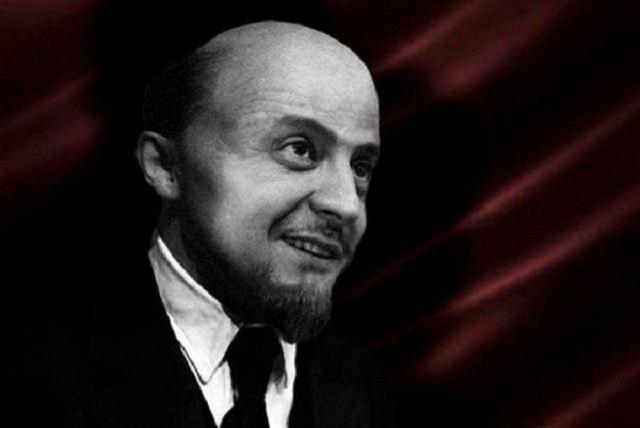 ЗЕ-Ленин: как и зачем Зеленский через сто лет вернул Украине большевистский стиль