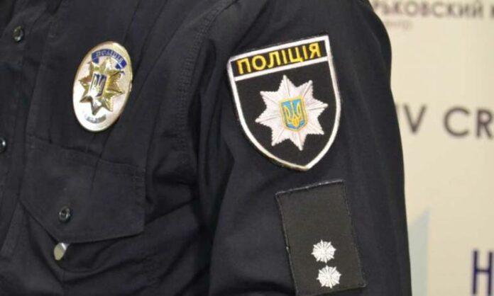 Рубили топором и сжигали автомобили: в Харькове задержали банду, которая запугивала полицейских, судей и предпринимателей
