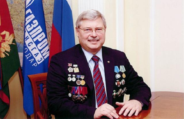 Томского губернатора Сергея Жвачкина могло задеть название спектакля «Сережа очень тупой»