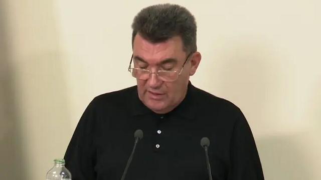 """СНБО ввел санкции против """"контрабандиста"""", связанного с уволенным генералом СБУ"""