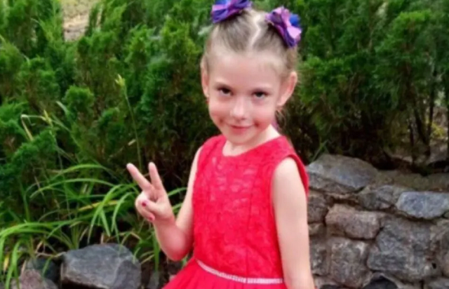 С ними мог быть ещё один человек: мать подозреваемого в убийстве 6-летней девочки подростка выступила с заявлением