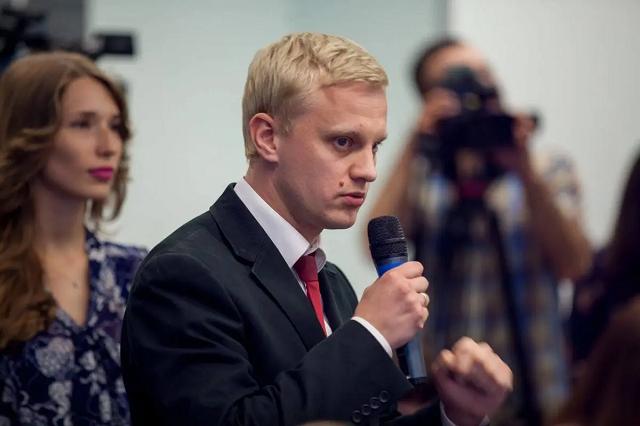 Шабунин: Кто-то убедил президента, что Чаус — ценный свидетель против Порошенко
