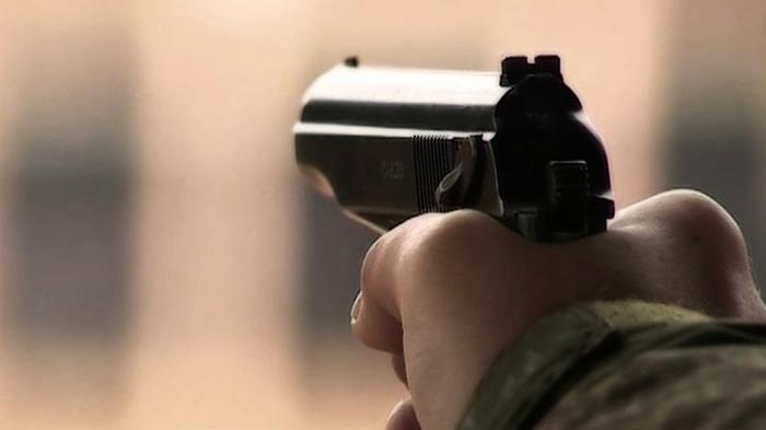 В Днепре в кафе 22-летний парень дважды выстрелил в посетителя