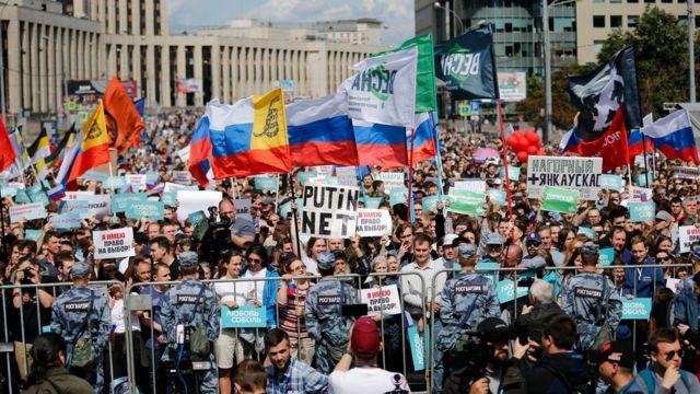 Организаторов митингов обязали сдавать финансовую отчетность в течение 45 дней после их проведения