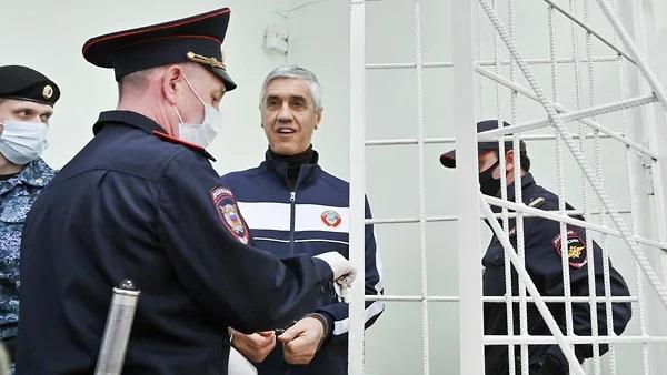 Анатолий Быков урезал зарплату киллеру