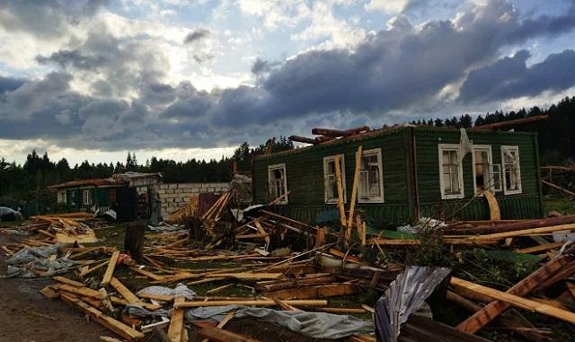 На Тверскую область обрушился торнадо, погибли три человека